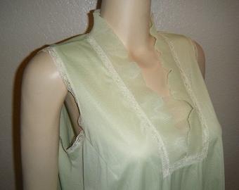 Vintage Crystal Pleated Lime Green Nightie by Vanity Fair Size Medium