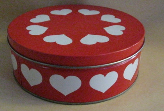 Bright Red and White Heart Design Tin