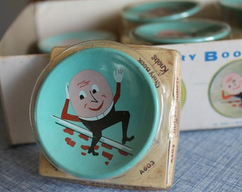 Vintage Humpty Dumpty Story Book Knobs by Amerock   RETRO