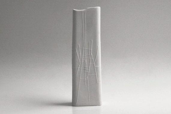 Mid-Century Finnish Bisque Vase - Karl Heinz Schulze for Arabia 60s
