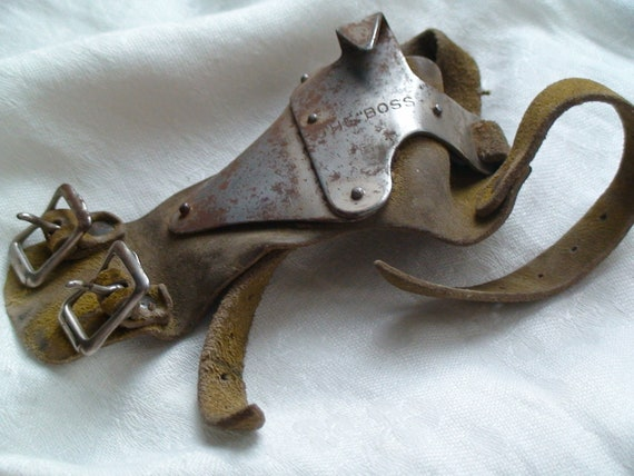 "Antique ""The Boss"" Hand Corn Husker Glove, Patented 1906"