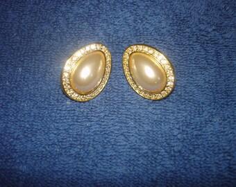 Beautiful Vintage Napier Clip On Teardrop Pearl and Rhinestone Earrings