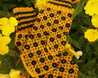 Finely Hand Knitted Estonian Mittens in Yellow and Black - warm and windproof