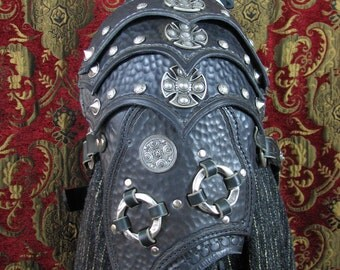 Black Leather Celtic Warriors Pauldron