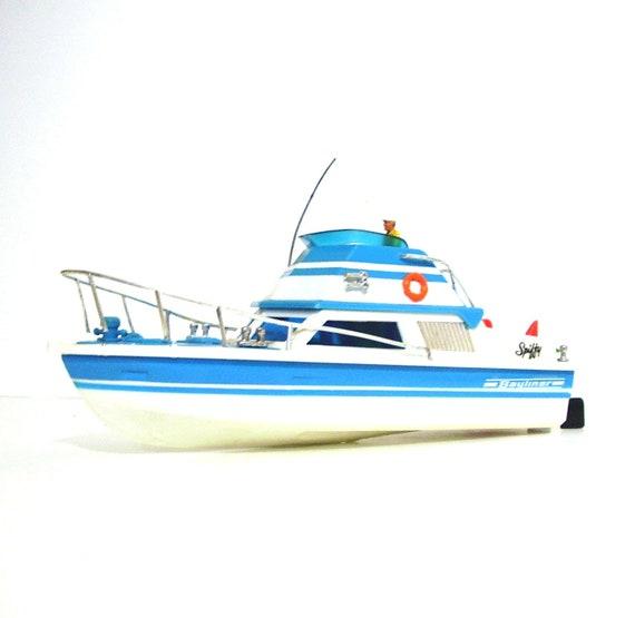 Vintage toy boat Bayliner Aqua and White 1960s Ideal Motorific