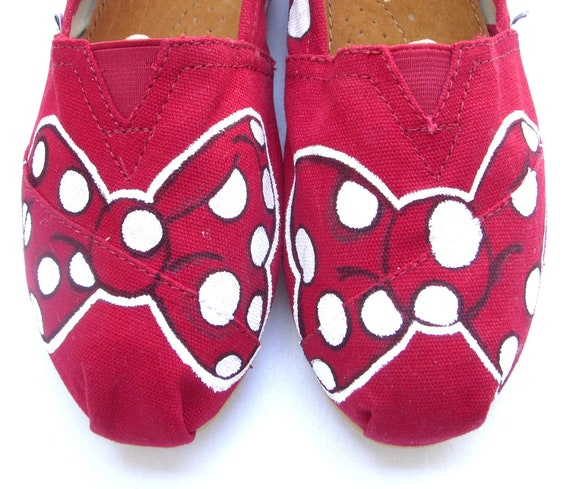 The Minnie - Red and White Custom TOMS