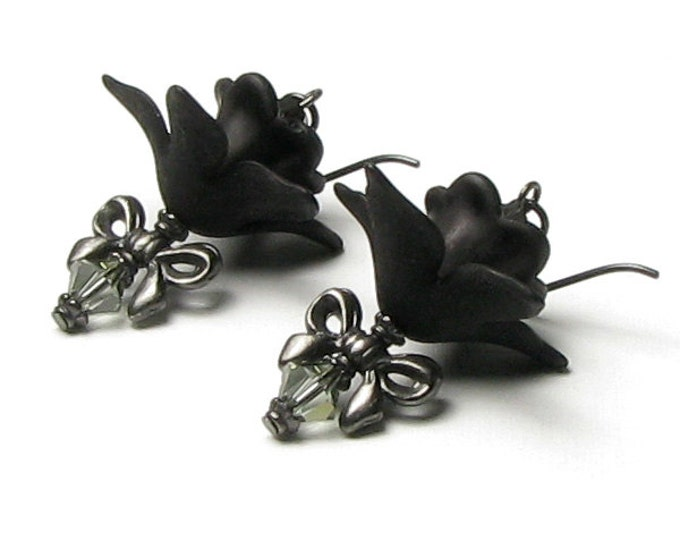 Morticia's Mysterious Black Lily Flower Swarovski Crystal TierraCast Earrings, Classic Gothic Earrings, Goth Gift, Dark Halloween Fashions