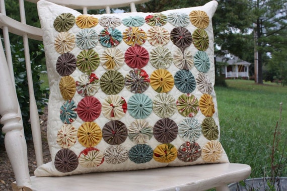 Yoyo Pillow Cover - Quilted Pillow Cover - Urban Cowgirl