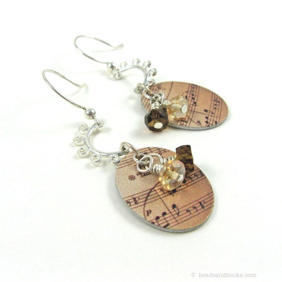 Music Earrings (Note, Musician)