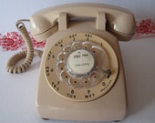 WORKS--Light Tan Desk Rotary Dial Phone From Bell Sytem, Western Electric