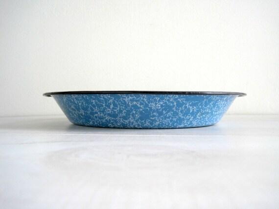 Vintage Blue Graniteware Pie Plate - Farmhouse Chic