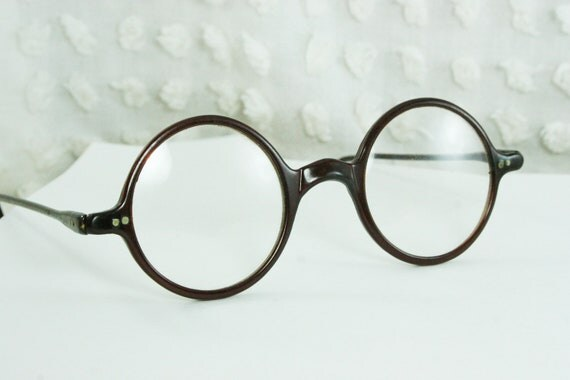 Eyeglass Frames For Narrow Bridge : Dark Eyeglasses With Nose Bridges Pictures to Pin on ...