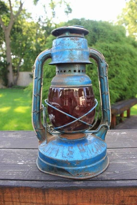 1950 S Little Dietz Kerosene Lantern