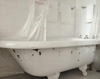 Victorian Bathtub Art Photograh Soft Ivory White Claw foot Tub Dreamy Bathroom Wall Decor 8x10