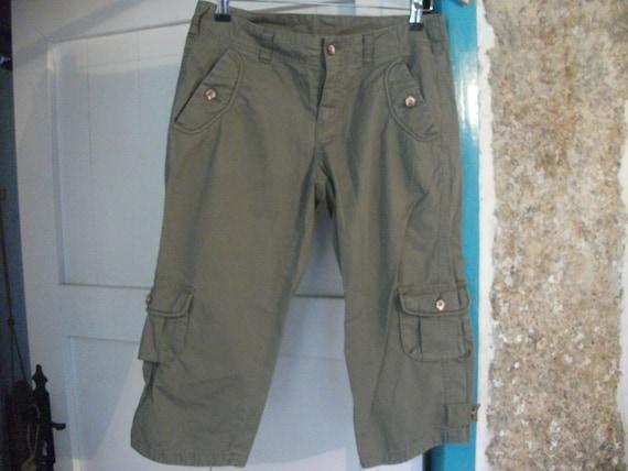 """KHAKI CAPRI PANTS, combats, new, size M-l, 34-36"""" (90cm) waist, 27"""" long"""