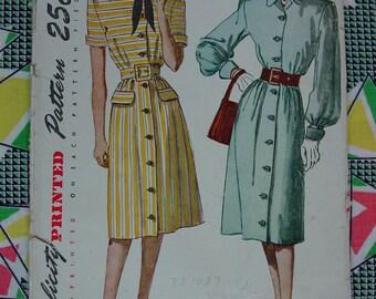Vintage Pattern 1947 Simplicity No.1938 Dress, Size 18