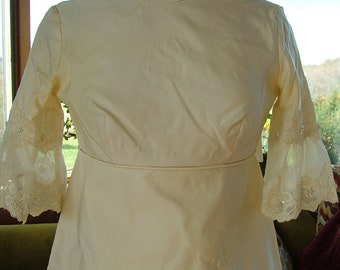 Wedding dress 1960s vintage satin lace appliques