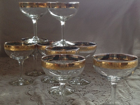 stunning vintage antique champagne coupes set of 9 gold. Black Bedroom Furniture Sets. Home Design Ideas
