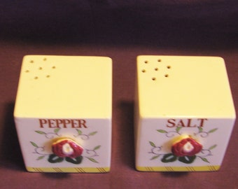 Vintage Salt & Pepper Shaker with Lily on Front