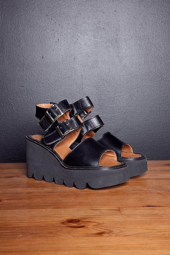 90s Deadstock Chunky Rave Leather Platforms  8