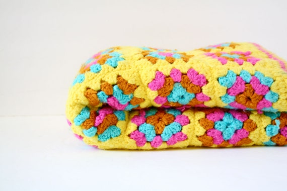 Vintage crochet granny square yellow floral blanket