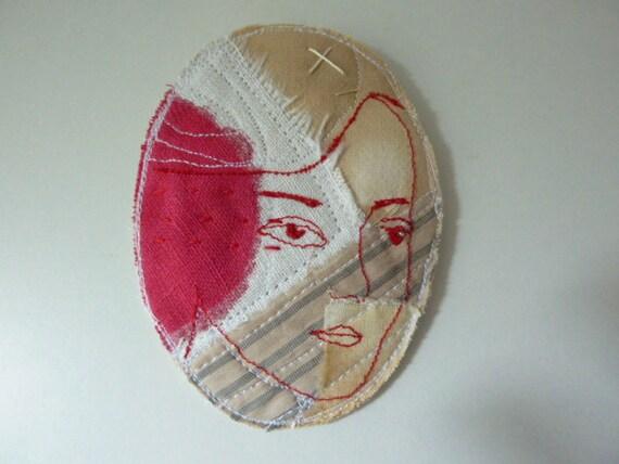 Face - fabric brooch/ornament