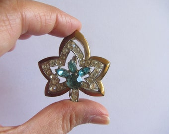 Dazzling Vintage Leaf Shape Rhinestone PIn