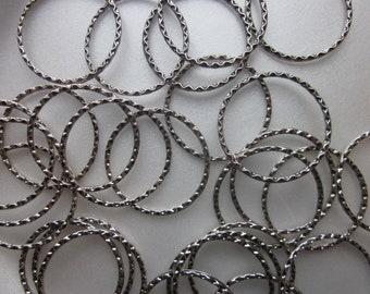 Tibetan Silver Circle Links 37.5mm 4 Links