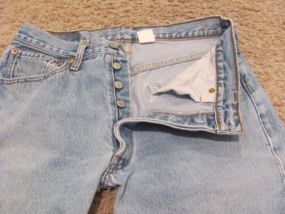 Vintage Faded Retro Levis 501 Jeans - 33 x 34 Long Nicely Broken In