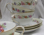 Wentworth TULIP Teacups/Saucers,  Pedestal Base. Beautiful Floral, Gold trim