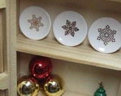 snowflakes dollhouse miniature plates 3pcs 20mm kiln fired with real 14kt gold 1:12 scale one inch dishes