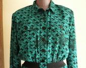 80s Print Shirt Waist Dress / Geometric Aquamarine and Black Printed Dress / Size 6 or 8 / Polyester Silk  Dress