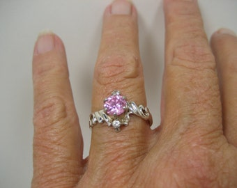 Vintage Sterling Silver Pink and Clear Rhinestone Ring