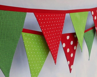 Christmas Banner/ Fabric Holiday Bunting in Red and Green/ Polka Dots and Striped Garland/ Photo Prop