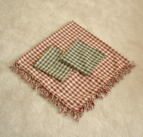 Tablecloth and napkins gingham checked pattern with fringe, in cranberry red and cream and hunter green. Homespun