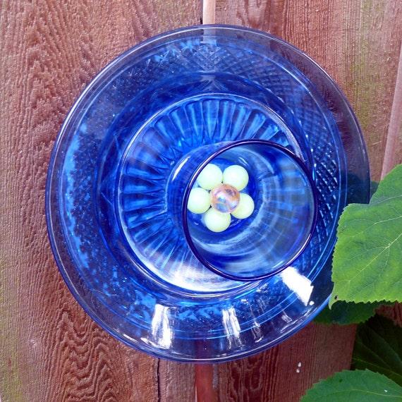 Garden art, glass flower, suncatcher, plant stake, yard ornament, blue sculpture