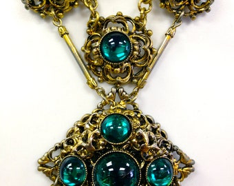 Antique Edwardian Gilt Brass Filigree Necklace with Emerald Green Art Glass Cabochons