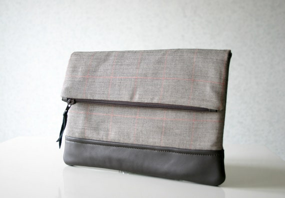 Fold over leather clutch Leather and Wool