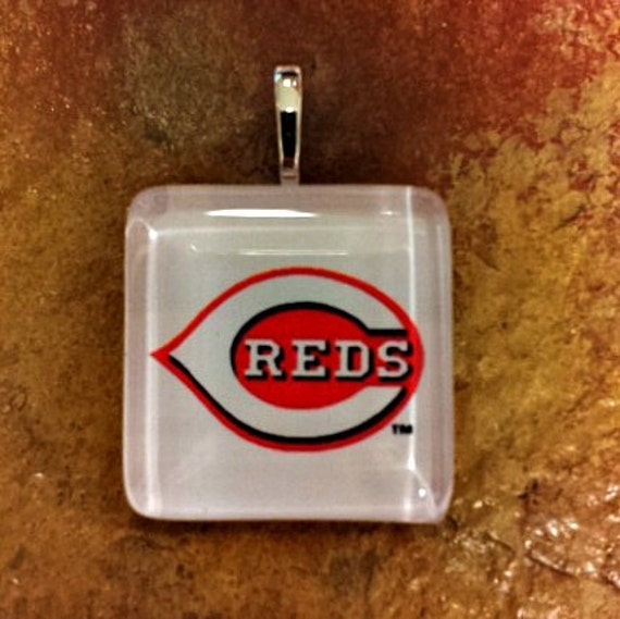 """Cincinnati Reds 1"""" Glass Pendant with various Reds logos to pick from"""