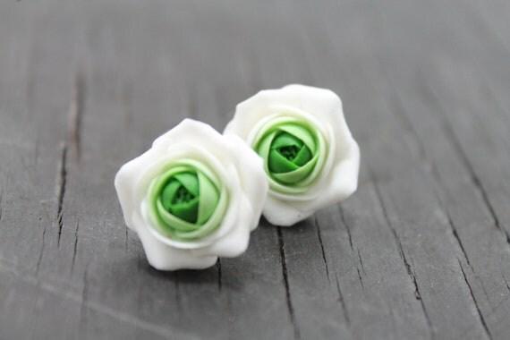Green and white flower earrings, flower stud earrings, peach, Green and White flowers Ranunculus stud earrings, free shipping