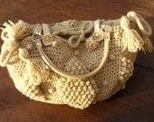 Crochet Bag Pattern, crochet tote bag with bobbles pattern