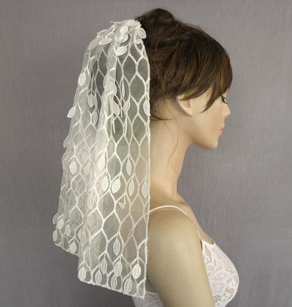 Shoulder Lenght Bridal Mantilla Veil, Wedding Hair Piece, Honeycomb Ivory Tulle, Handmade, Unique Design