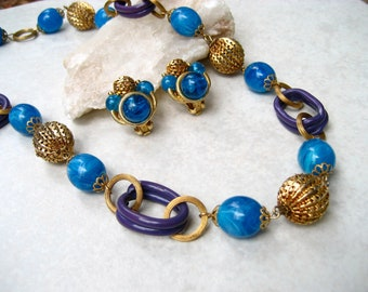 Vintage Signed ART Necklace Earrings Set Marbled Blue Plastic Bead Mod 60s
