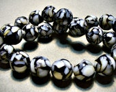 Black White  Mother of Pearl & Resin  Beads Round 12MM