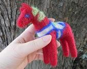 Felt Dala Horse / Traditional Dalahast Figurine / Swedish Folk Art Christmas Toy / Waldorf Inspired Needle Felted Animal Ornament / Red Mare