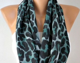 Emerald Green Leopard Print Infinity Scarf, Christmas Gift, Circle Loop Scarf  Gift Ideas For Her women Fashion Accessories -fatwoman