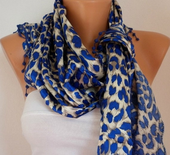 ON SALE - 50% OFF - Leopard  Women  Scarf -  Cowl with Lace