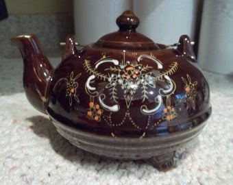 Brown Moriage Redware Teapot   Handpainted     Made In Japan