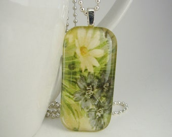 Daisy Rectangle Pendant with Free Necklace