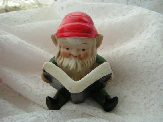 Homco christmas elf with book